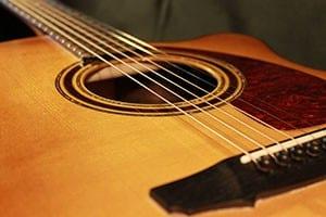 Chitarra acustica OM spalla mancante Liuteria Guarnieri