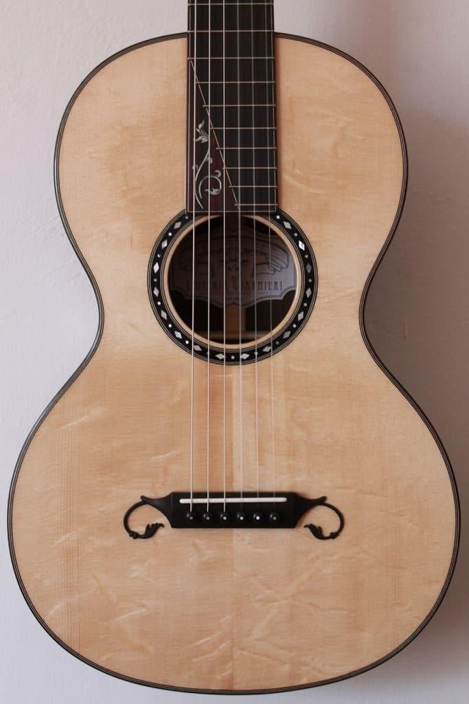 Chitarra classica modello Stauffer moderna Liuteria Guarnieri